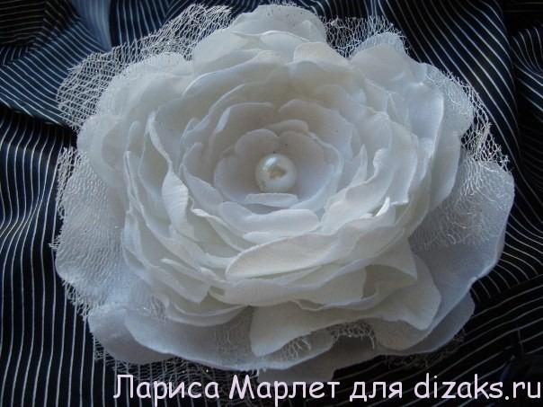 цветок из ткани ларисы марлет