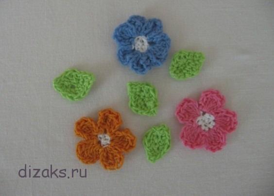 как связать простые цветы