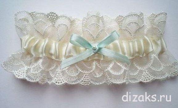 повязка на ногу невесте