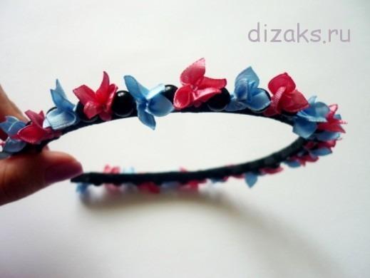 обруч для волос с цветами из атласных лент