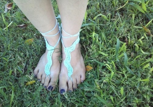 связать украшение для ног