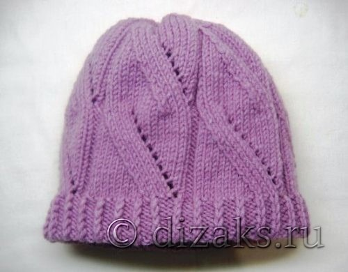 вяжем двойную шапку спицами для женщин