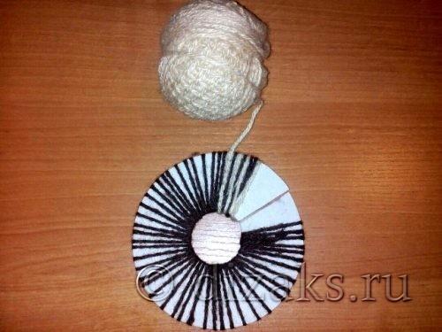 обматывание картона нитками