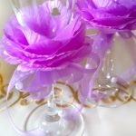 Миниатюра к статье Украшаем бокалы на свадьбу своими руками