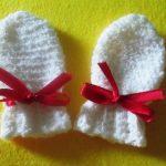 Миниатюра к статье Вяжем варежки крючком для новорожденного