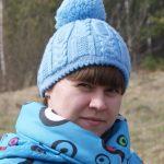 Миниатюра к статье Двухслойная женская шапка с узором спицами