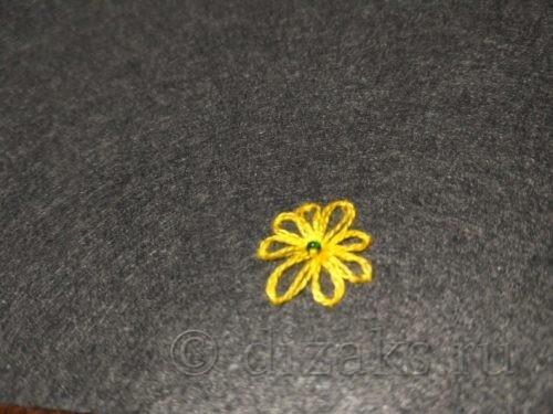 вышивка цветочек