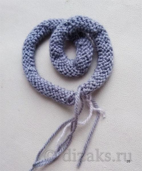 вязаное украшение для шапки